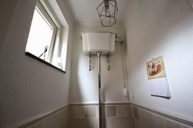 Ouderwetse Stortbak Toilet : De hoop van marcos. u2013 beslommeringen kronkelend in gedachten